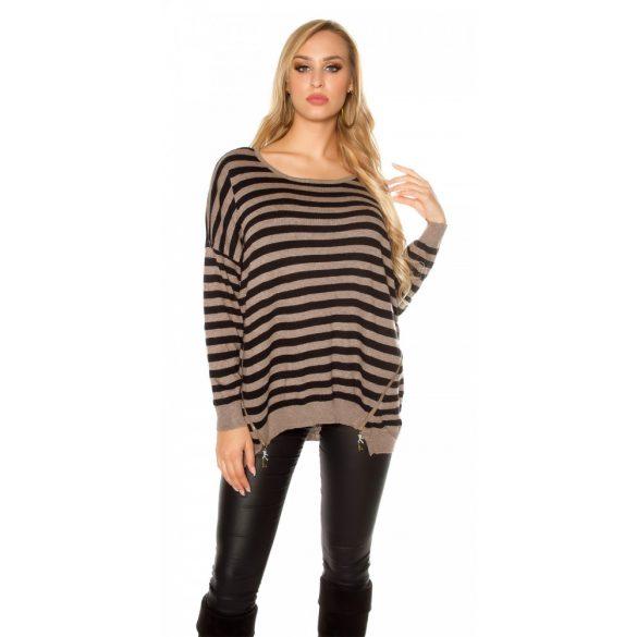Barna csíkos női kötött pulóver