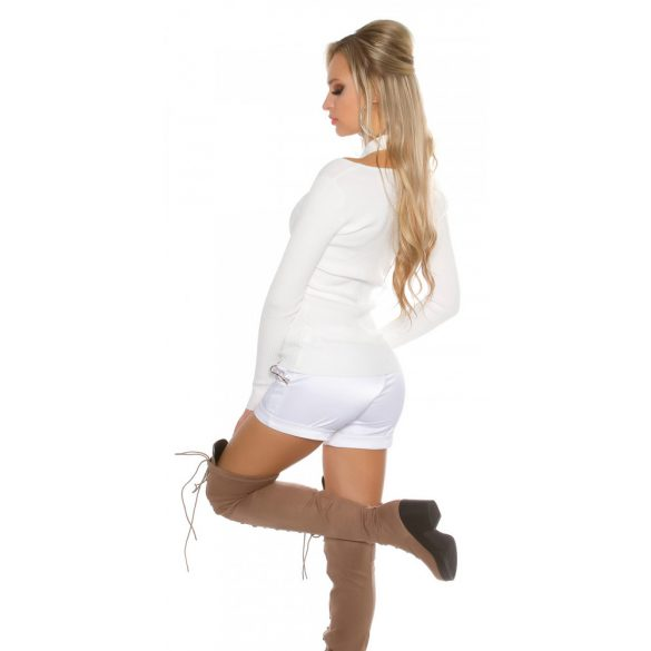 Fehér női kötött felső
