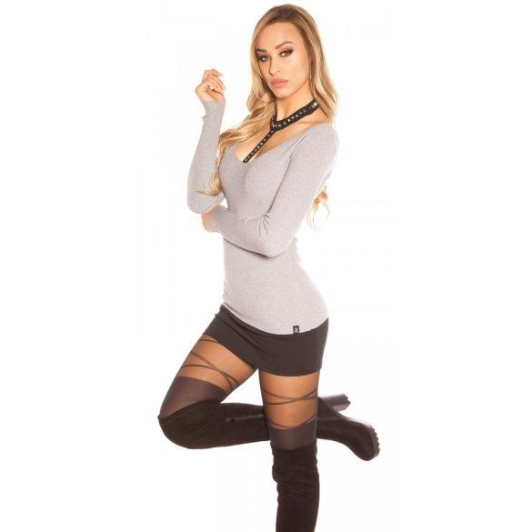 Szürke női pulóver szegeccsel